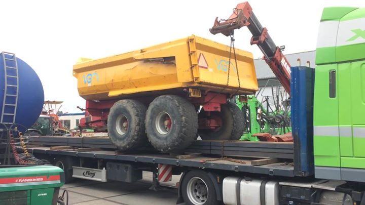 2 VGM dumpers geladen voor export