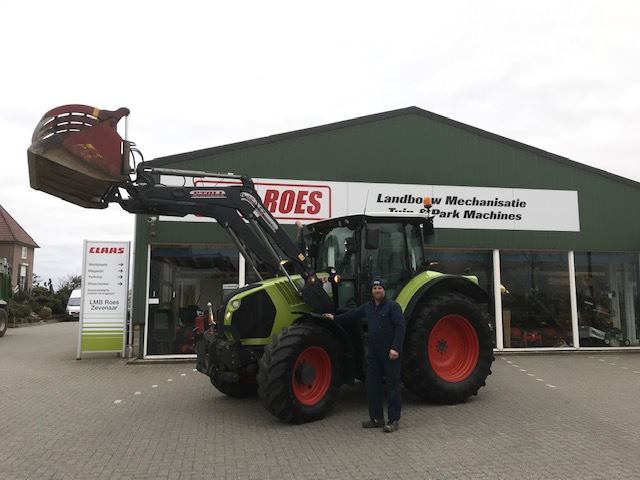 Claas Arion 530 + Stoll frontlader